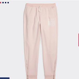 TOMMY HILFIGER Tommy Sweatpants Pink Size XS NWT